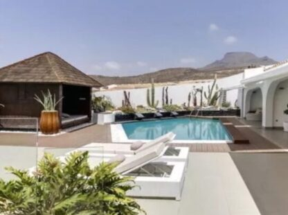 Gorgeous villa in Chayofa